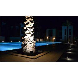 scott 100w projecteur ext rieur led tanche temp rature de. Black Bedroom Furniture Sets. Home Design Ideas